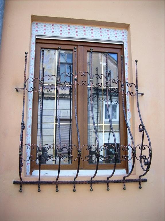 Balustrade si grilaje fier forjat Bucuresti